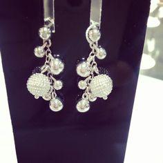 Серебряные серьги hot diamonds