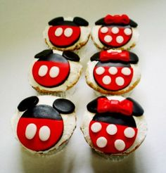 Cupcake - MICKEY AND MINNIE