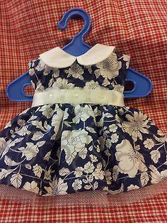 Schildkroet-Puppenkleidung-Gr-34-blau-weiss
