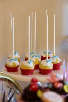 Alice in wonderland tweedle dee tweedle dum cake pops