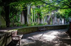 St Dunstan-in-the-East was a Church of England parish church on St Dunstan's Hill, half way between London Bridge and the Tower of London in the City of London. The church was largely destroyed in the Second World War and the ruins are now a public garden, an oasis of calm and dappled light | photo by Gareth Evans