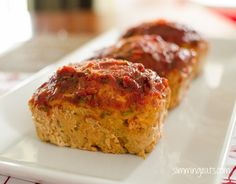 delicious mini chicken meatloaves with Tomato and Rosemary Sauce Great with a variety of different sides, how will you serve yours? This recipe is gluten free, dairy free, paleo, Slimming World (SP) and Weight Watchers friendly Slimming Eats Recipe Extra Slimming World Lunch Ideas, Slimming World Dinners, Slimming Eats, Slimming World Recipes, Slimming World Bbq Sauce, Chicken Meatloaf, Turkey Meatloaf, Mince Recipes, Savoury Recipes