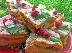 Gosia gotuje: Kruche ciasto z jablkami, malinami i kokosową krus...