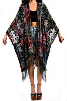 Tie Dye Floral Velvet Burnout Gypsy Fringe Kimono Duster from saltwatergypsy on Etsy. Saved to My Style. Kimono Fashion, Diy Fashion, Womens Fashion, Thrift Fashion, Hippy Chic, Boho Chic, Gypsy Style, Bohemian Style, Looks Style