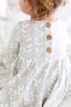 Baby clothes should be selected according to what? How to wash baby clothes? What should be considered when choosing baby clothes in shopping? Baby clothes should be selected according to … Fashion Kids, Little Girl Fashion, Toddler Fashion, Fashion 2015, Little Girl Style, Instagram Outfits, Kid Styles, Baby Clothes Shops, The Dress