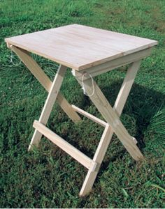Civil War-era Furniture Reproduction by a Reenactor and Woodworking Expert Small Woodworking Projects, Rockler Woodworking, Woodworking Supplies, Woodworking Furniture, Woodworking Patterns, Diy Wood Projects, Furniture Projects, Woodworking Basics, Custom Woodworking