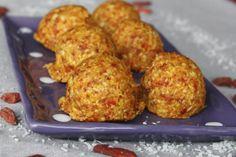 Orange goji berry macaroons. Raw vegan recipe.