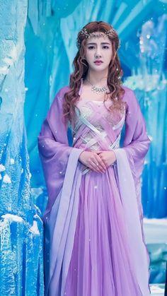 Ice Fantasy, Fantasy Girl, Dramas, Fantasy Heroes, Fantasy Warrior, Beautiful Chinese Girl, Goth Beauty, Ancient Beauty, Chinese Actress
