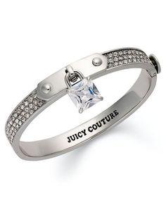 Omg a finger collar! Love it!!