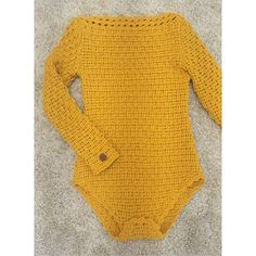 Instagram media by polinakraynova - Мужчины могут пролистать этот пост, а Всему женскому полу советую в холодное время носить такую штуку: во-первых, ничего не вылезает из юбки, брюк, во-вторых, просто тепло) #polinakraynova #боди #handmade #crochet #fashionlook #fashion #style #look