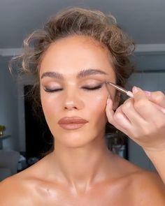 Wedding Makeup For Blue Eyes, Beach Wedding Makeup, Blue Eye Makeup, Wedding Hair And Makeup, Makeup For Big Eyes, Makeup Hazel Eyes, Bridal Makeup Natural Blonde, Brown Eyes Makeup, Brown Lipstick Makeup