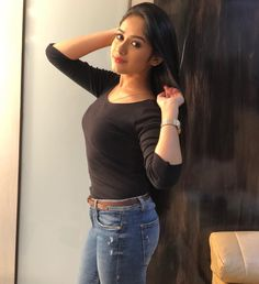 Latest Images of Hot Jannat zubair hd photos and sexy Jannat zubair hd mobile wallpapers for android / iphone Straight Leg Deadlift, Best Physique, How To Make Rope, Cata, Pics Art, Stylish Girl, Hottest Photos, Bollywood Actress, Bollywood Girls