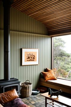 Perched on a sloping block in Victoria's Sandy Point, this cosy holiday house embraces its natural surrounds with an organic material and colour palette. Estilo Interior, Home Interior, Interior Architecture, Architecture Awards, Cabin Interior Design, Timber Panelling, Timber Cladding, Interior Cladding, Kennedy Nolan
