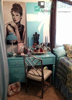 Tiffany Bow Mural, Audrey Hepburn, Asia Evans Artisry, Breakfast at Tiffany's themed room http://asiaevans.blogspot.com/2015/01/breakfast-at-tiffanys-walk-in-closet.html