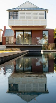 Balancing Home in Sydney Gets Its Wings Crossed - http://freshome.com/balancing-home-sydney/