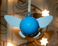 Hylian Christmas is coming! Navi ornament -- gonna have to try this some time! Noel Christmas, Christmas Bulbs, Christmas Decorations, Diy Zelda Decorations, Holiday Fun, Holiday Crafts, Nerd Crafts, Ball Ornaments, Diy Ornaments