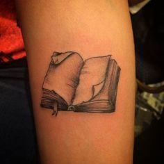 Greyscale open book tattoo | book tattoo ideas | Pinterest ...