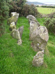 Giant's Grave (Isle of Man) Alternative Name: The Kew. Chambered Tomb.  Photo: Howe