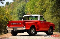1971 Chevrolet C10 Cheyenne. Now that is how you take care of a truck... oh baby i want that!