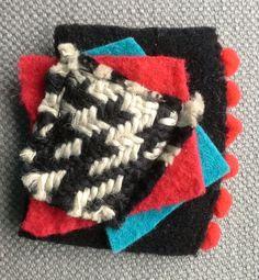 Broche textile. Composition graphique et colorée. par VeronikB