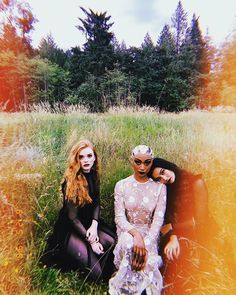 You are watching the movie Chilling Adventures of Sabrina on Putlocker HD. Imagines the origin and adventures of Sabrina the Teenage Witch as a dark coming-of-age story that traffics in horror, the occult and, of course, witchcraft. Archie Comics, Dark Fantasy, L Cosplay, Sabrina Cast, Betty & Veronica, Weird Sisters, Sabrina Spellman, Witch Aesthetic, Film Serie