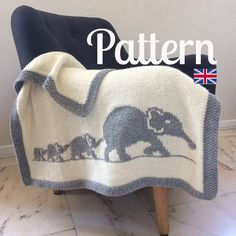 This blanket is the ideal gift for baby! Its size is perfect to wrap baby up from birth to his first years. Languages : French & English Material : - Needles S8/UK6/5mm - Wool used for this model: 8 skeins of Drops « Nepal» Natural 0100 (ap. 75 m (82 yds) /skein) but you can use