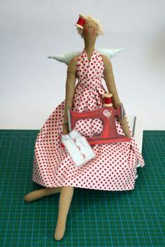 Tilda with Sewing Machine - Pattern & Tutorial