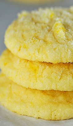 Lemon Sugar Cookies Recipe ~ Taste like you've taken a big bite out of summer! So fresh and delicious, it'll become a favorite! Sweet Cookies, Candy Cookies, No Bake Cookies, Cookie Desserts, Brownie Cookies, No Bake Desserts, Delicious Desserts, Yummy Cookies, Lemon Dessert Recipes