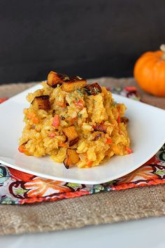 Creamy Crock-Pot Pumpkin Risotto – Gluten-free + Vegan by Tasty Yummies Dairy Free Recipes, Vegan Gluten Free, Vegetarian Recipes, Healthy Recipes, Vegetarian Chili, Whole Foods, Whole Food Recipes, Cooking Recipes, Crockpot Recipes