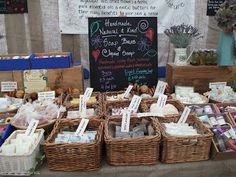 Baskets display soap and easily stack for transportation. Mad About Nature: The travelling soap stall.... Craft Stall Display, Craft Booth Displays, Soap Display, Display Ideas, Booth Ideas, Craft Fair Table, Craft Stalls, Craft Show Ideas, Homemade Skin Care