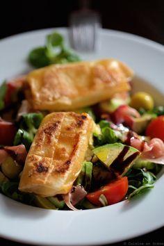 Bricks de comté croustillants, salade et jambon cru Saine et gourmande, le mariage idéal ! #salade #fromage