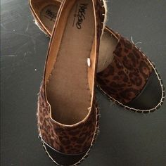 SHOES Espadrilles flat very comfy with black tip on toe worn once very on trend Massimo Shoes Espadrilles