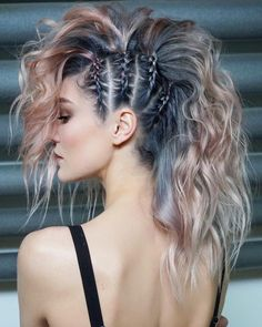 45 gorgeous side braids with high ponytails in 2018 braids gorgeous high ponytails side 27 elegant side braid ideas to style your long hair Fast Hairstyles, Pretty Hairstyles, Hairstyles Pictures, Funky Hairstyles For Long Hair, Faux Hawk Hairstyles, Braided Mohawk Hairstyles, Updo Hairstyle, Unique Hairstyles, Punk Rock Hairstyles
