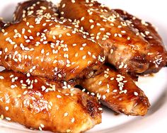 Miel de soja Alitas de pollo - honey soy chiken wings - and add chilly and is a diferent taste Honey Soy Chicken Wings, Sticky Chicken Wings, Glazed Chicken, Chiken Wings, Best Chicken Wing Recipe, Chicken Wing Recipes, Baked Buffalo Wings, Asian Recipes, Healthy Recipes