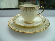 Vintage Tuscan English China Trio Tea Cup Saucer Plate Lemon Cream 5693 A in Pottery, Porcelain & Glass, Porcelain/ China, Tuscan | eBay
