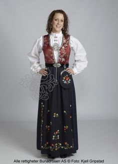 Rogalandsbunad til dame - Bunadrosen AS Folklore, Norway, Victorian, Women's Fashion, Costumes, Dresses, Folk Costume, Gowns, Fashion Women