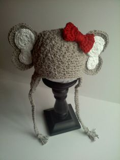 Alabama Elephant Crochet Earflap Beanie with Red Detachable Crochet Bow - Choose your size - No pattern just inspiration Crochet Bows, Crochet Baby Hats, Crochet Beanie, Crochet For Kids, Baby Knitting, Knitted Hats, Knit Crochet, Crochet Girls, Loom Knitting