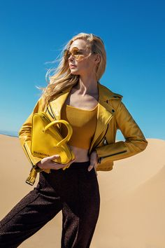 Spring Fashion 6 Monochromatic Looks Defining the Season - San Diego Magazine - March 2019 - San Diego, California Fashion 2017, Spring Fashion, Autumn Fashion, Womens Fashion, Ladies Fashion, Fashion Trends, Fashion Vocabulary, Valley Girls, Simple Outfits