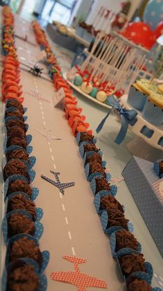 The runway I created from the airport . what an air traffic, huh! 006 by PraGenteMià . - The runway I created from the airport … what an air traffic, huh! 006 by PraGenteMiúda, via Flic - Airplane Baby Shower, Airplane Party, Airplane Toys, Airplanes, Baby Birthday, 1st Birthday Parties, Birthday Ideas, Top Gun Party, Goodbye Party