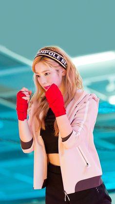 Like Beauty Life fo Keep Cover Nayeon, Kpop Girl Groups, Korean Girl Groups, Kpop Girls, K Pop, Tzuyu And Sana, My Girl, Cool Girl, Twice Group