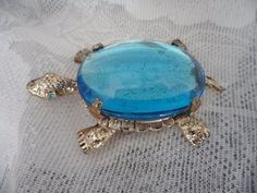 Large Vintage Blue glass JELLY BELLY TURTLE Brooch
