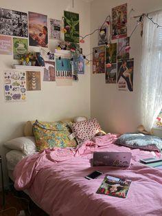 Bedroom Inspo, Bedroom Decor, Room Goals, Room Stuff, Dream Decor, New Room, Dream Bedroom, House Rooms, Dorm Room