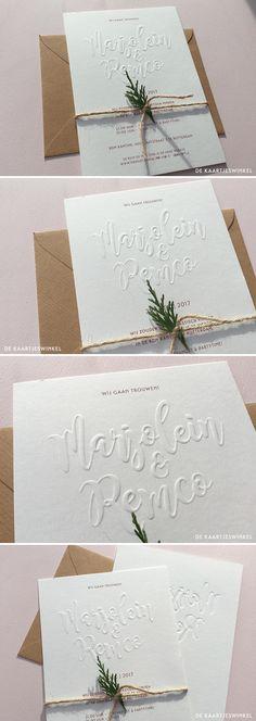 Preeg en print trouwkaart M en R. © dekaartjeswinkel.nl Een prachtige trouwkaart! De namen van het bruidspaar hebben wij gedrukt door midden van een blindpreeg waarbij de namen omhoog worden gedrukt uit het papier zonder kleur. #dekaartjeswinkel #trouwkaart #trouwkaarten #weddinginvite #weddinginvites #calligraphy #kalligrafie #wedding #invite #bruiloft #weddinginvitations #bohemian #clean #embossing