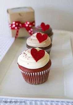 hearts cupcakes, perfect for valentine!