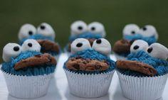Cookie Monster cupcakes - Kidspot
