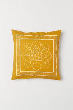 Mønstret putetrekk - Mørk gul - Home All Cushion Cover Pattern, Cushion Covers, Shop Dress Up, H & M Home, Yellow Pattern, Light Texture