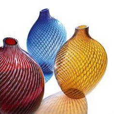 delicados jarrones de cristal veneciano