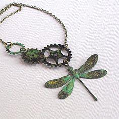 Collier libellule de vert-de-gris - Steampunk