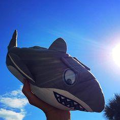 Shark Fin, Suns Out, Flip Flops, Dads, Slippers, Beach Sandals, Fathers, Slipper, Reef Flip Flops