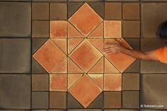 Teselado de Salomón | Terracotta floor tiles Terracotta Floor, Pathways, Floors, Tile Floor, Design, Tiles, Mosaics, Floor Design, Mud